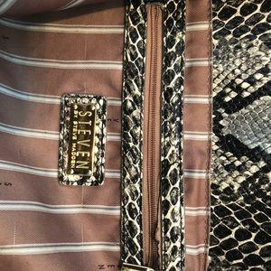 Steve Madden Bags - Large Steve Madden Leather Tote